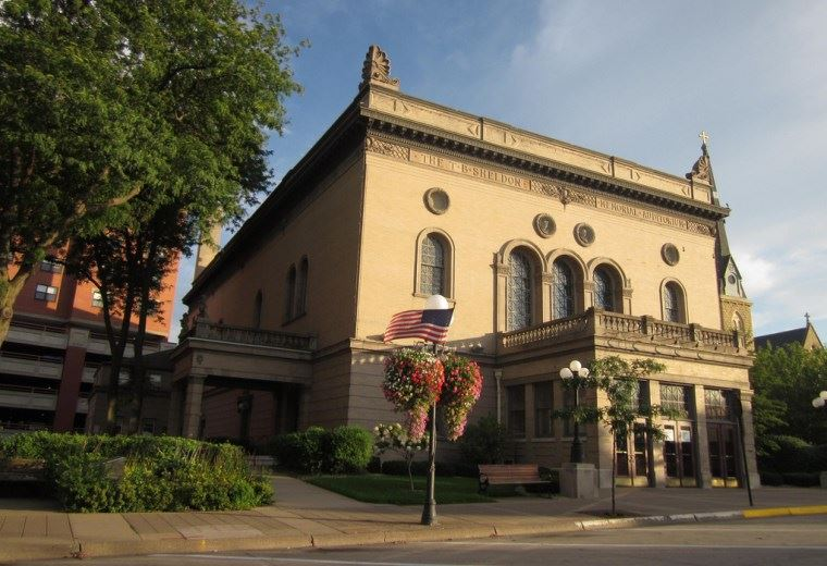 Picture of the exterior of the Sheldon Theatre