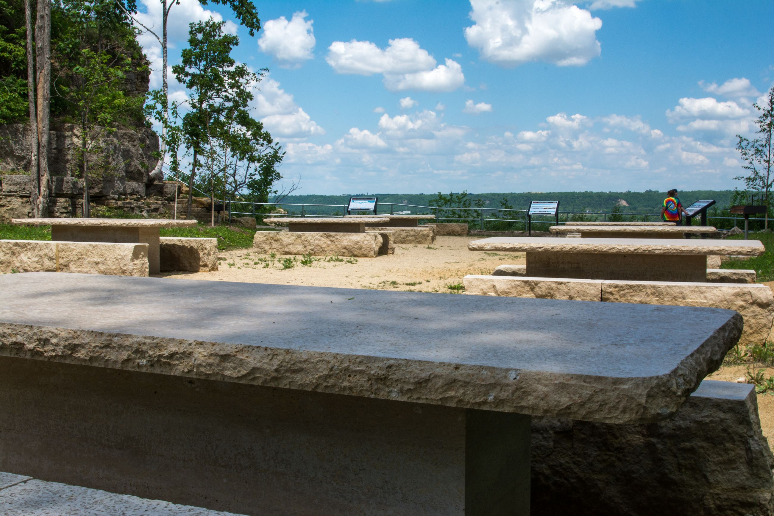 Memorial Bluff Quarry Picnic Area